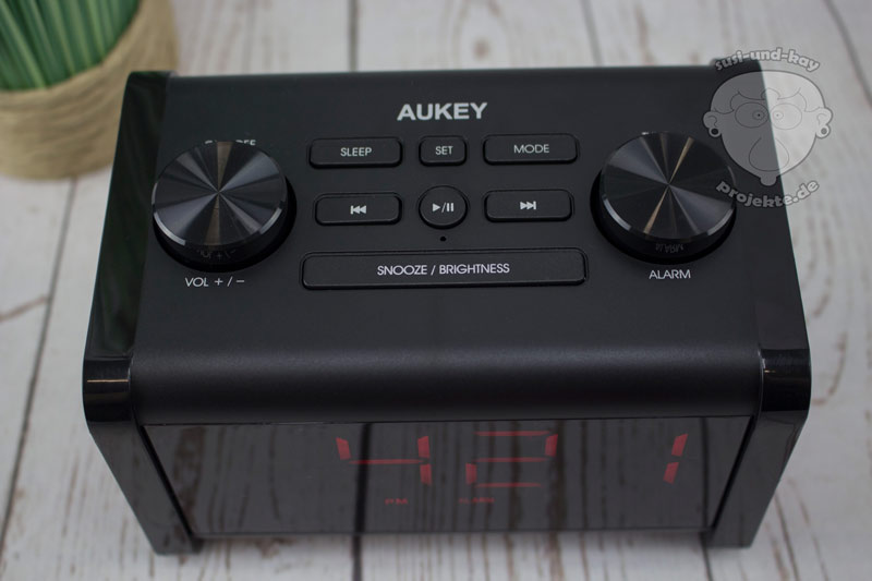 Aukey-Radio-mit-Bluetooth-Einstellungen-Display
