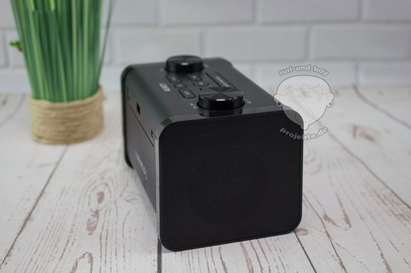 Aukey-Radio-mit-Bluetooth-und-LCD-Anzeige-Display