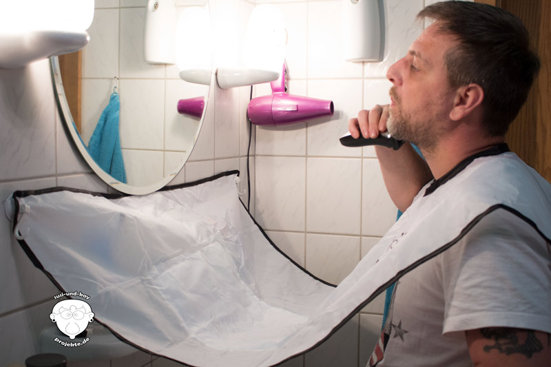 Bartpflege-Schürze-im-Test