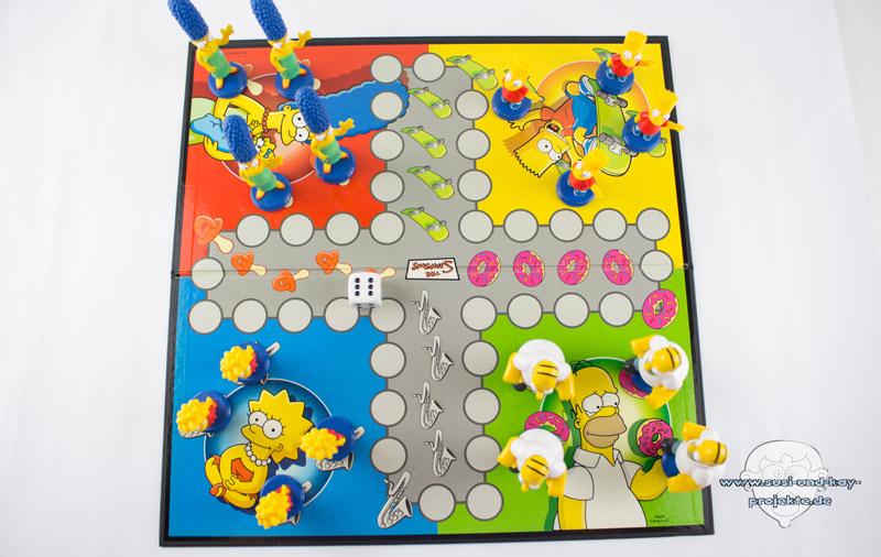 Gesellschaftsspiele-Simpsons-Menschärger-dich-nicht