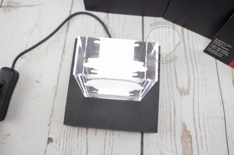 GLASFOTO-Wie-kommt-die-Gravur-ins-Glas