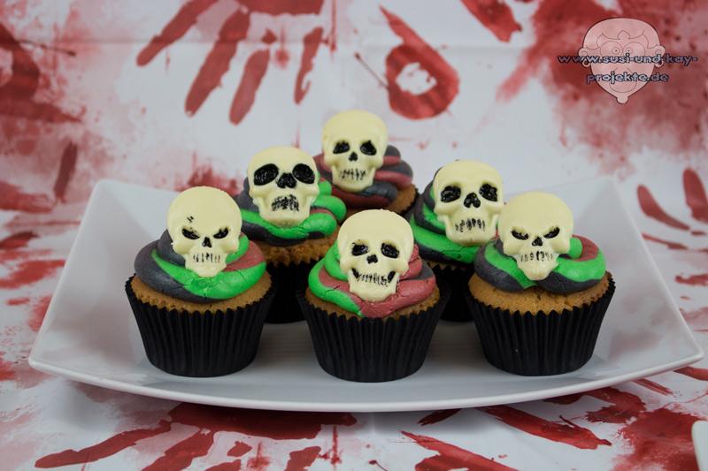 Halloween-Skull-Cupcake