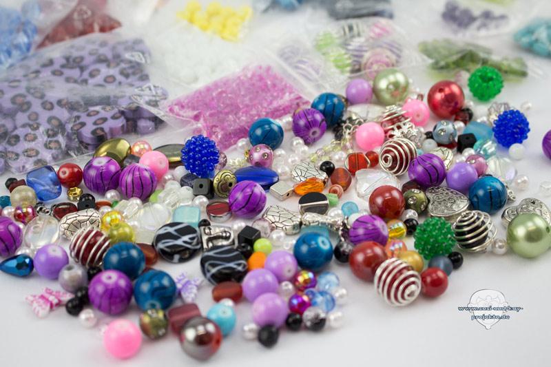 Ohrringe-DIY-verschiedene-Perlen