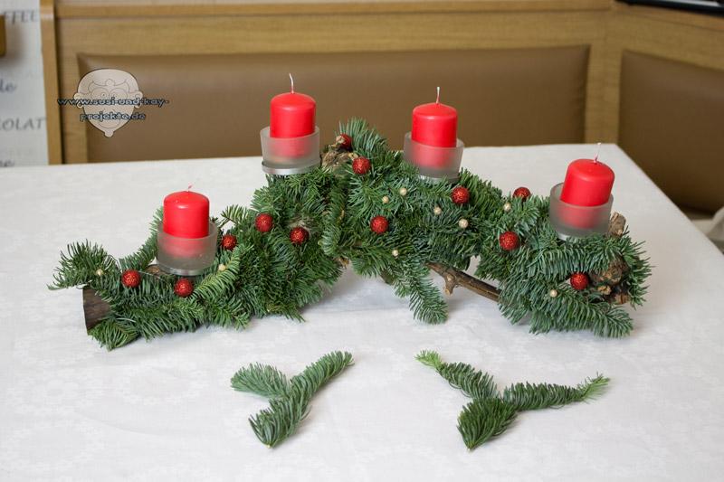 Weihnachten-Adventsgesteck