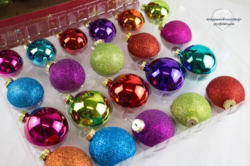 Weihnachten-Baumkugeln-Bunt