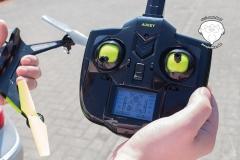 Drohne-Fernbedienung-mit-Display