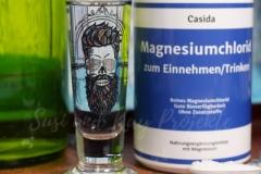 Casida-Gesundheit-aus-der-Apotheke-Schnapsglas