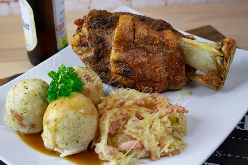 CENA-DELI-Wurst-und-Fleisch-Spezialitäten-Haxe