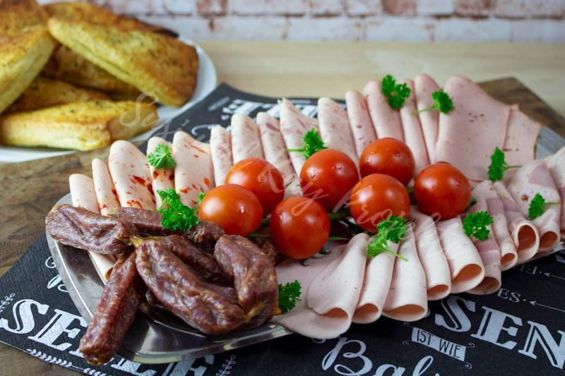 CENA-DELI-Wurst-und-Fleisch-Spezialitäten-Wurstplatte