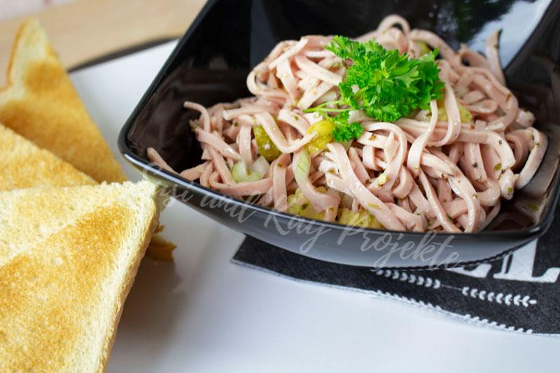 CENA-DELI-Wurst-und-Fleisch-Spezialitäten-Wurstsalat
