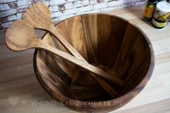 Schüssel-und-Salatbesteck-aus-Akazien-Holz