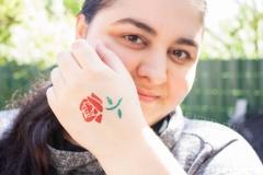 Cooles-Glitzer-Tattoo-Rose