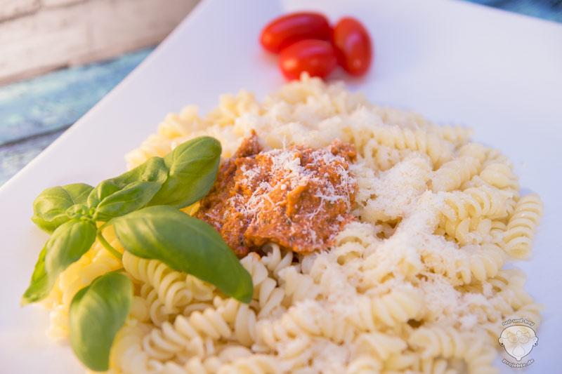 Pesto-mit-Nudeln