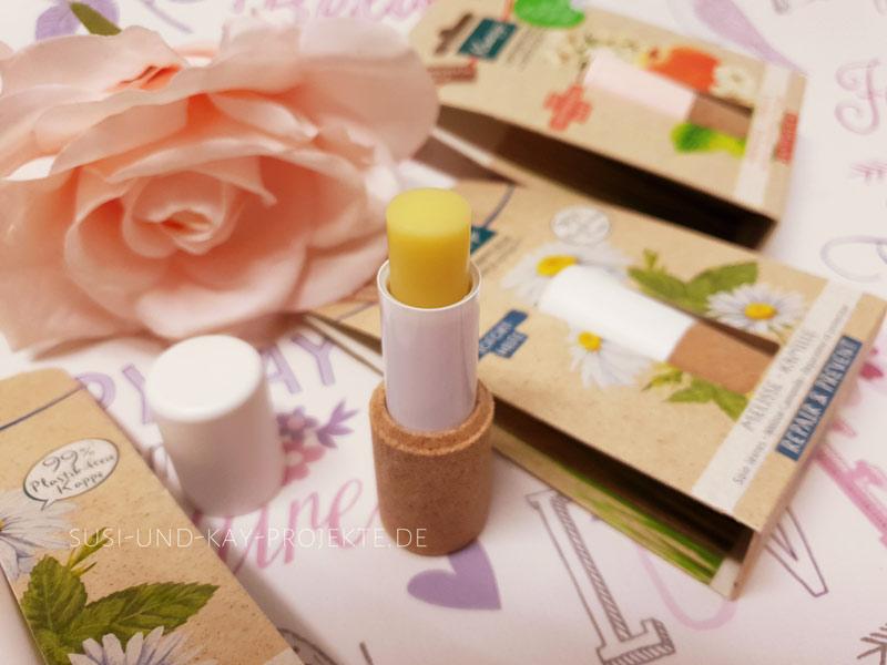 Lippenpflege-von-Kneipp-Melisse-Kamille