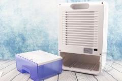 Luftentfeuchter-gegen-Schimmel-Wassertank