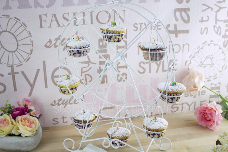 Melidoo-Muffins-Ständer-als-Riesenrad