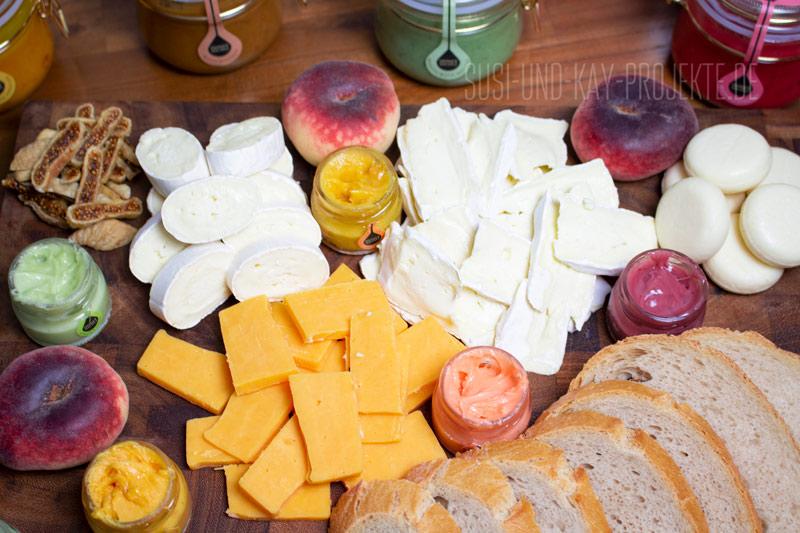 Käseplatte-mit-Honig-Soufflé