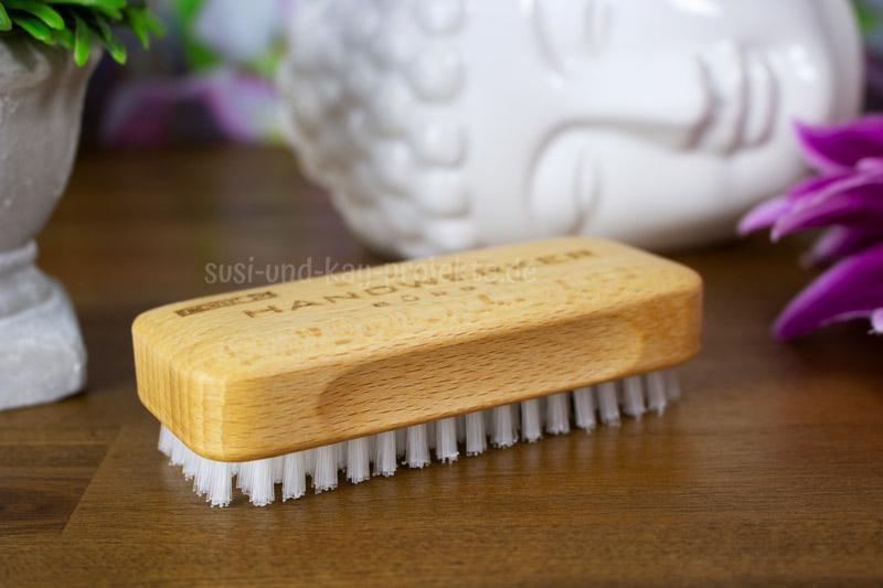 Handbürste-mit-Nylon-Produkte
