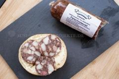 Thüringen-Rotwurst-auf-Brot